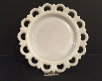 Vintage Anchor Hocking Milk Glass Dishes, White Milk Glass Open Lace Edge Plates, Old Colony Pattern Dishes, Vintage White Lace Edge Dishes