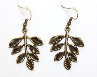 Leaf earrings, Leaf jewelry, Nature earrings, Plant earrings, Woodland earrings, Woodland jewelry, Nature jewelry, Plant jewelry