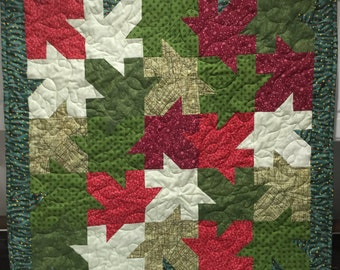"""Christmas Maple Leaves Quilted Wallhanging 33"""" X 33"""""""