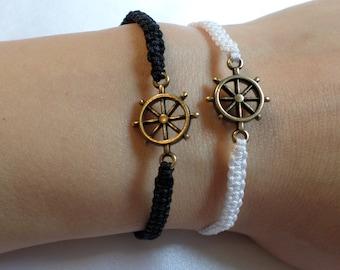 Mark macrame bracelet - steering wheel