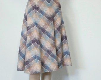 1970's Plaid Skirt Wool Blend Skirt High Waist Skirt Preppy Skirt Waist Size 30 Inches