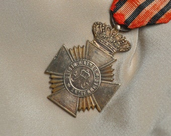 Vintage Belgian Military Royal Crown Maltese Cross Medal Solid Bronze with Grosgrain Ribbon