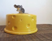 Vintage Lefton H014 Yellow Ceramic Cheese Cover with Gray Mouse