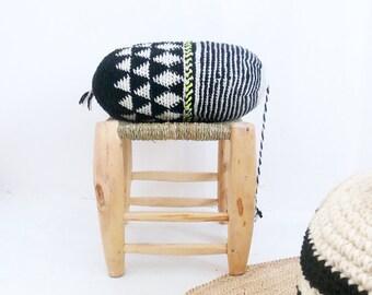 Pillow Crochet Marrakech  -  black and white geometric