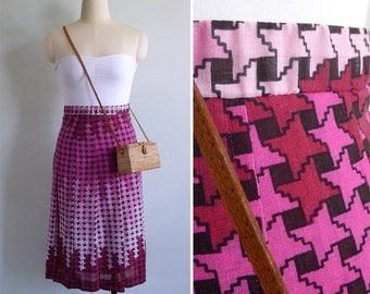 Vintage 80's Pink Houndstooth Print Pleated Skirt XXS or XS