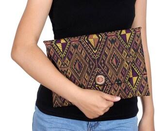 Handmade Mocha Clutch With Embroidered Pattern Fabric (BG306DW-112C39)