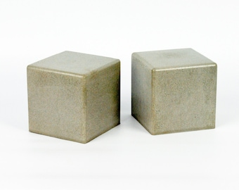 Modern Square Concrete Bookends (Set of 2) / Heavy Bookends / Office Bookends / Paper Weights / Kitchen Bookends / Cement Bookends
