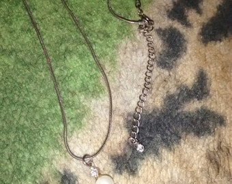 Pearl  Rhinestone On Snake Chain