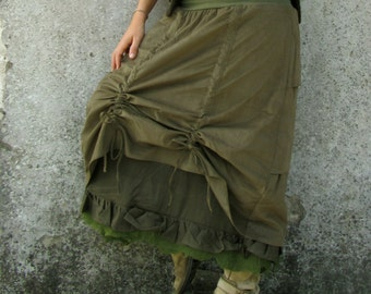 Festival clothing ~ Skirt ~ Burning man ~ Mehendi ~ Green ~ Corderoy bustle ~ felt edged ~ Petticoat