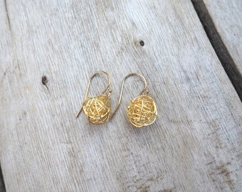 Gold Earrings, Love Knot Earrings, Gold Knot Earrings, Tie The Knot Earrings, Bridesmaids Gift