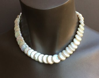 Overlapping Iridescent Coin  Pearl  Necklace/18.5 Inches/Mother of the Bride