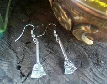 Witches Broom Earrings, Witch Broom Earrings, Witch, Broom, Dangle Earrings, Halloween Earrings