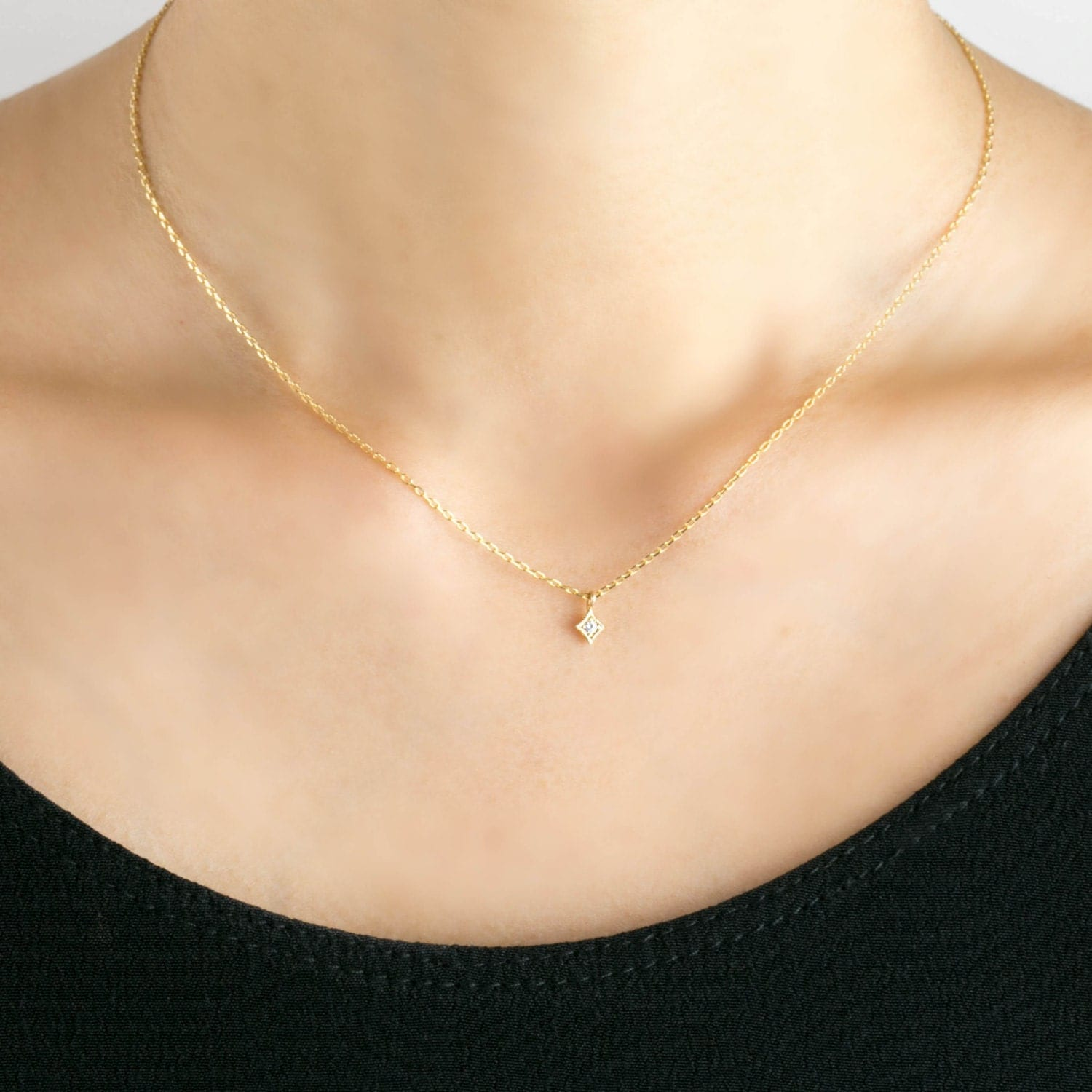 tiny dainty diamond chain necklace star necklace. Black Bedroom Furniture Sets. Home Design Ideas