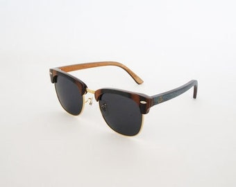 Vood.Visuals Blue.Chip Brown - handmade wooden sunglasses from sustainably grown Maple with polarized UV 400 glasses