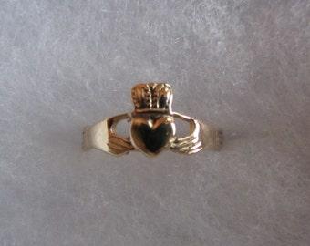 14k Gold Small Sizable Irish Wedding Ring Sz 4.5 - 1.32g