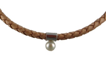 Necklace of Latona, with pendant White Pearl 7 mm
