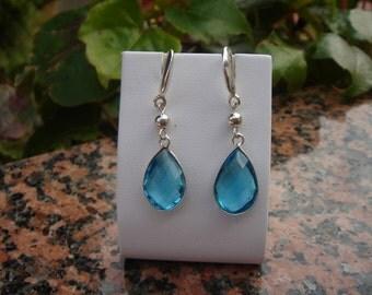 Earrings, Sterling Silver Blue Topaz-drops, sparkling facetiert