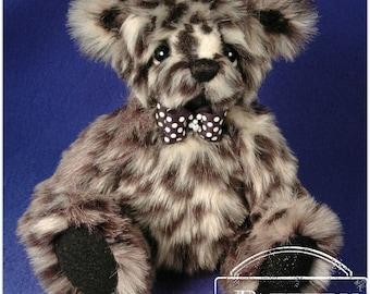 "PATTERN - 10"" Artist Teddy Bear Sewing Pattern - CARSON by Laura Lynn"