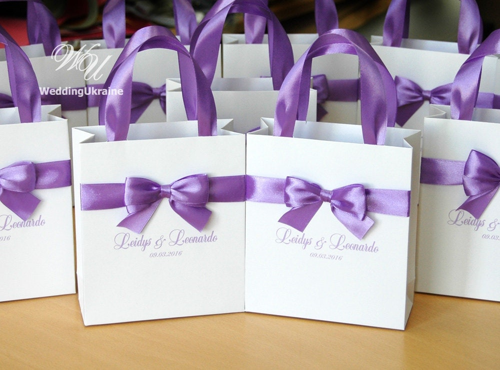 Wedding Favor Bags With Ribbon : Lavender Wedding Gift Bags with satin ribbon bow and names
