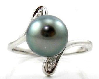 8-9mm Top Quality Tahitian Black Pearl Ring in 14K White Gold & Diamonds BR71697WTA