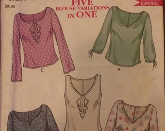 New Look Top Pattern 6015 with Neck and Sleeve Variations