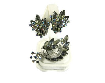 Vintage Rhinestone Demi Parure Brooch and Earrings