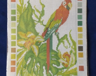 Printed Aida cotton canvas for cross stitch - Parrot