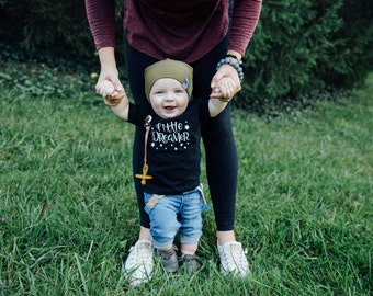 Little Dreamer Infant Graphic Tee -- 6 MONTHS