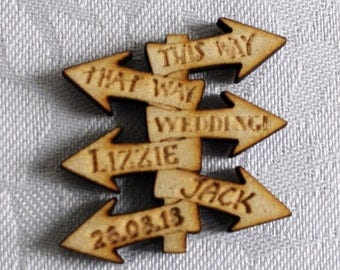 Alice in Wonderland 'SIGNPOST' PERSONALISED Wooden Wedding Table Confetti