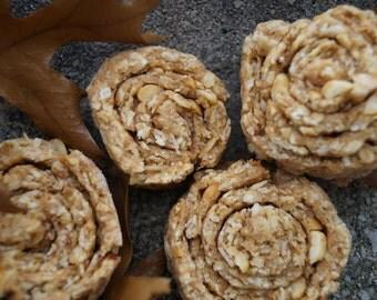Cinnamon Bun Style Dog Treats - Organic and Vegan Dog Treats - All Natural and Gluten Free Dog Treats - Healthy Dog Treats