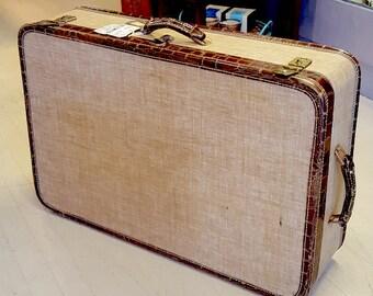 American Tourister c. 1940 Suitcase, Vintage Suitcase