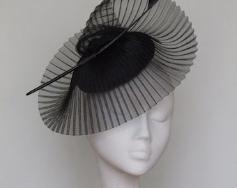 Black Fascinator-Kentucky Derby Hat- Royal Ascot Hat -  Melbourne Cup Hat - Wedding Hat