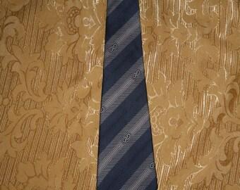Genuine vintage Salvatore Ferragamo tie / 100% silk Made in Italy