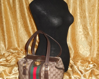 Genuine vintage Gucci bag    Genuine leather and canvas handbag