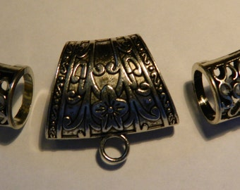 Silver Embossed Scarf Bail Set