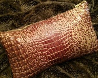 The Everyday Clutch w/Zipper - Crocodile Brown