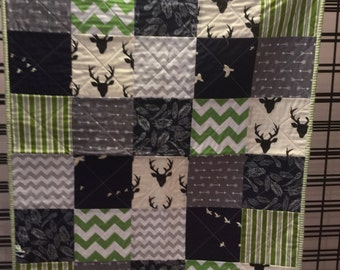 Hello Bear Buck Baby Quilt Green/Navy/Gray/Black