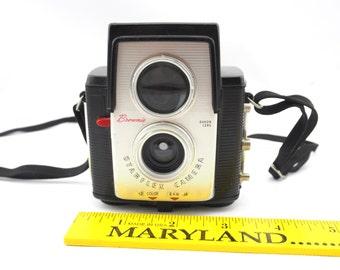 Sale! Vintage Brownie Starflex Camera, Dakon Lens, Black and White Camera. Was_28.50