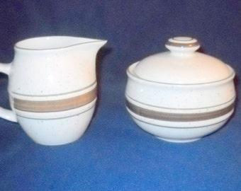 CABELA's FolkCraft Stoneware Sugar Bowl & Creamer, Cream and Sugar