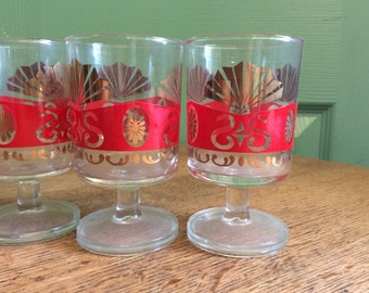 """6 Very Small Retro Drinking Glasses (4"""" in heigth)"""