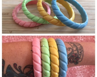 Vintage inspired large bangles in XL, 40's 50's bakelite style, cable design, twisted form of carved, pastel colors