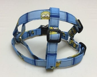 Adjustable Blue Minion Print Step-In Dog Harness