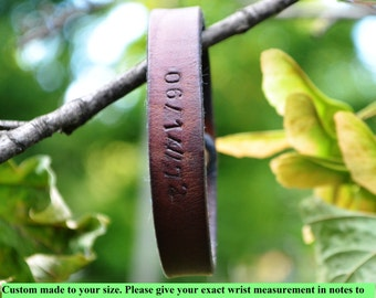 Men leather bracelet Brown leather bracelet Jubilee bangles Leather wristband Engraved leather bangles Gift Anniversary Rustic style