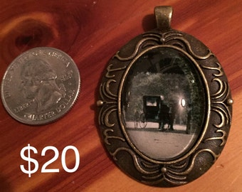 Horse and Buggy Pendant - LOP24