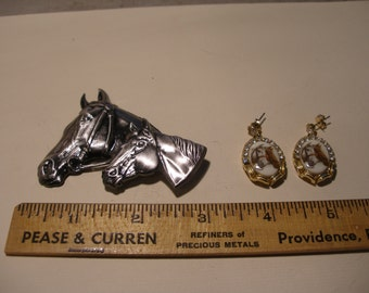 Horse Brooch and Earrings(472)
