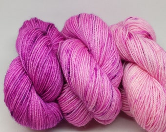 Hand-dyed BFL 3 ply yarn Sock Weight Berry Crush