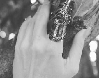 The knight/// vintage sterling silver armor ring