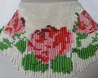 NECKLACE  WITH ROSSES