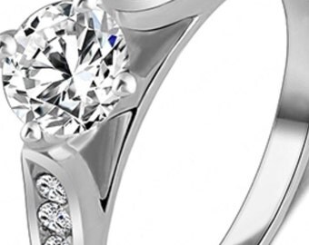 Women's Zircon White Gold Plated Ring (Size 7).