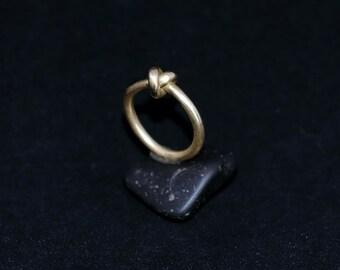 AGLAIS ring : modern bronze ring